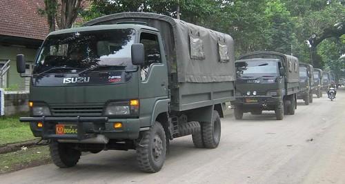 PlanetIsuzoo com (Isuzu SUV Club) • View topic - Military tires?