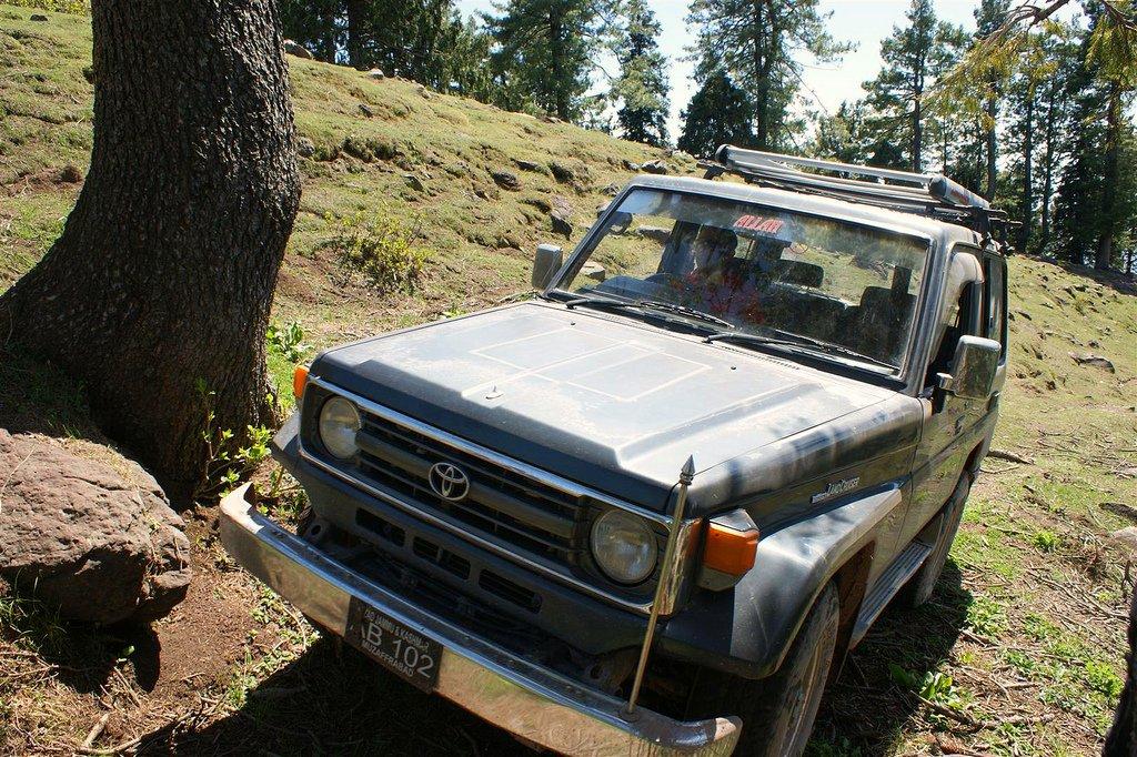 Muzaffarabad Jeep Club Trip to Pirchanasi - 5704778962 e2d53f9f59 b