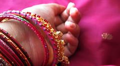 Hands-Jewel
