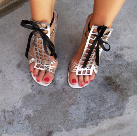 ysl-cage-metallic-sandal-diy-3