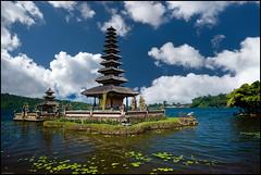 A temple that floats (Souvik_Prometure) Tags: bali indonesia explore frontpage sigma1020mm bratan lakebratan bedugul danaubratan ulundanu flickrsbest puraulundanubratan nikond80 purabratan souvikbhattacharya