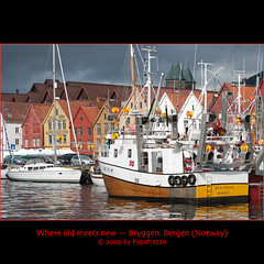 Where old meets new - Bryggen, Bergen (Norway) (Papafrezzo,  2007-2012 by www.papafrezzo.com) Tags: norway fishing nikon waterfront vessel unesco wharf nautical bergen bryggen mandal noorwegen d80 tyskebryggen brattholm va71m lk7238 ginordic1 ginordicfeb12