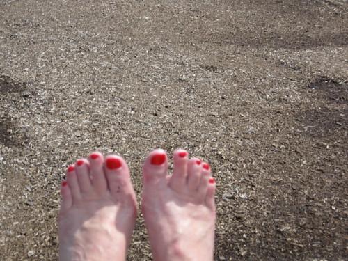 Swinging Toes