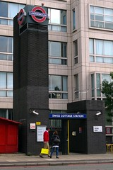 Picture of Swiss Cottage Station