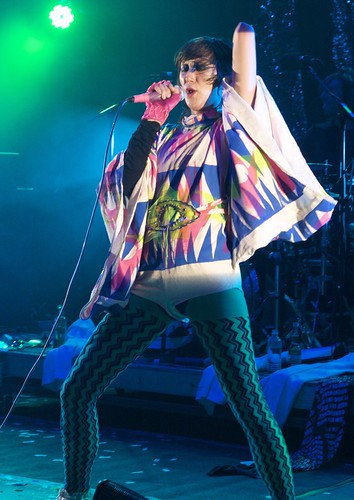 Karen O of The YYY's by robertcastro.