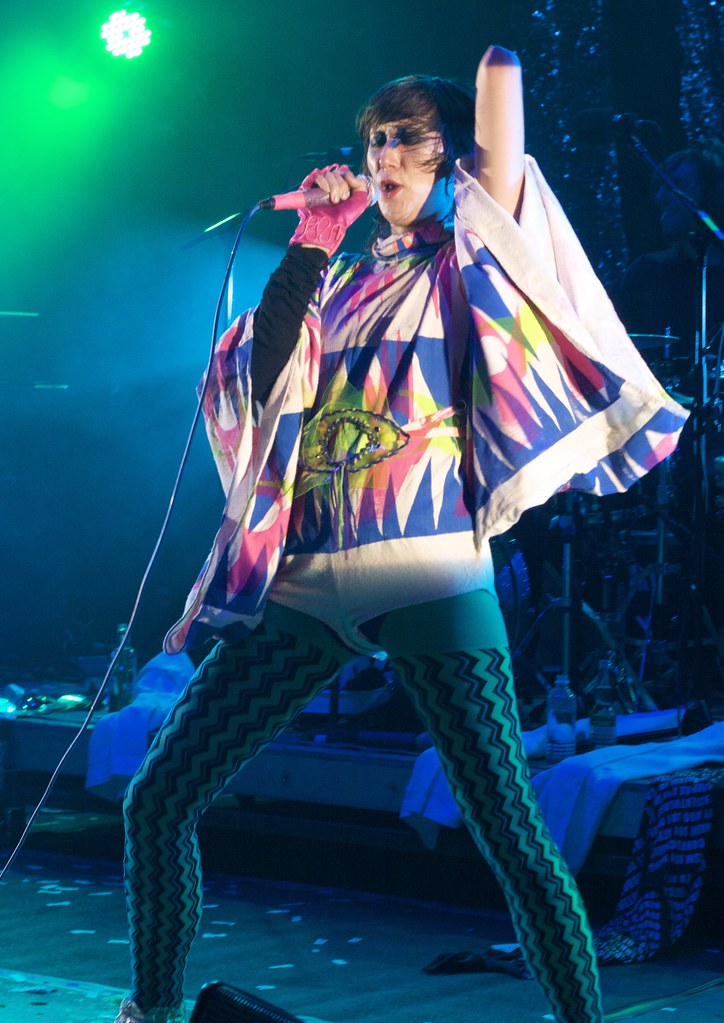 Karen O of The YYY's