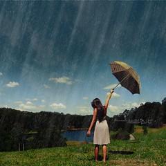 Quando a chuva passar... (f. prestes) Tags: sun nature water girl rain gua umbrella drops natureza chuva explore gotas garota ameliepoulain magical mgico magicmoment guardachuva ivetesangalo raindown momentomgico quandoachuvapassar marianamicai