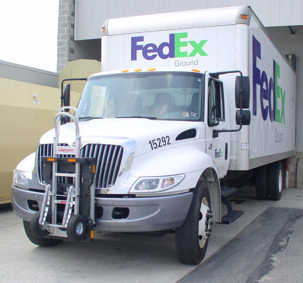 FedEx Ground Navistar - B&P Liberator hand truck secured