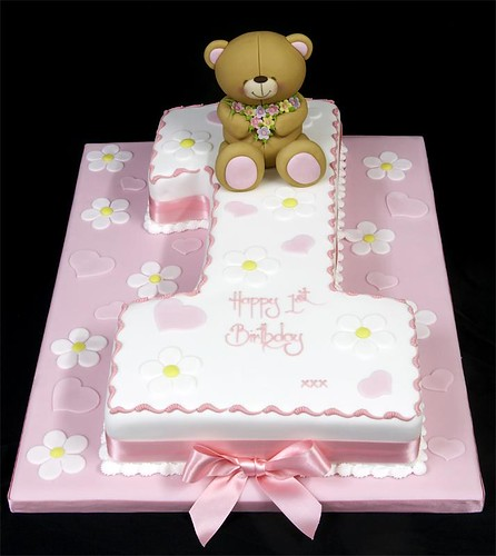 002916 Medium Hand-Cut Figure One Birthday Cake with Forever Fri