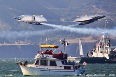 Cross Over the Bay (mvonraesfeld) Tags: ocean show sanfrancisco bay flying cross aircraft aviation military smoke air flight navy explore hornet blueangels usn vapor fleetweek fa18 solos img9824