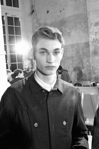 Johannes Linder304_FW09_Paris_Dunhill BS(MODELS.com)