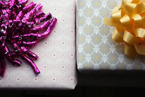 Smock Gift Wrap