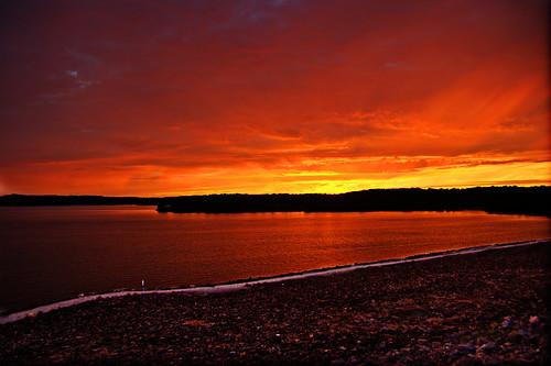 フリー画像| 自然風景| 湖の風景| 夕日/夕焼け/夕暮れ| 赤色/レッド| アメリカ風景|      フリー素材|