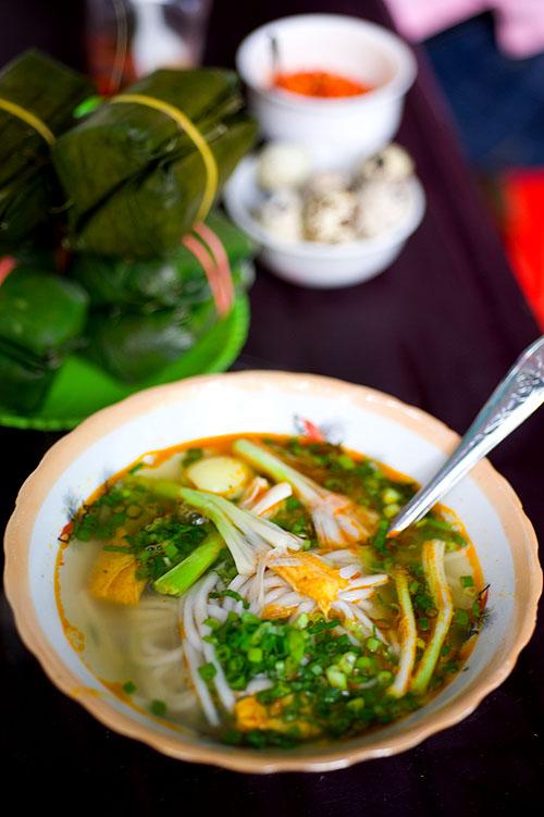 Bánh canh cá lóc, a fish and noodle dish, Hue, Vietnam