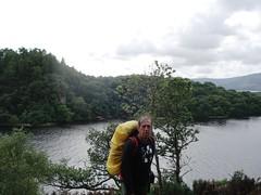 Loch Lomond - Hacia Rowardennan (La Orden del Camino) Tags: trekking way scotland hiking escocia highland wandern lochlomond westhighlandway thewesthighlandway escursionismo randonnepdestre laordendelcamino senderismoenescocia