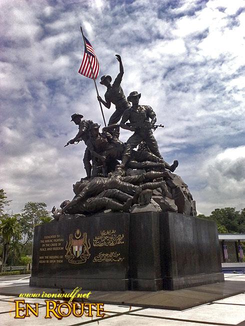Malaysia: A visit to Istana Negara and Tugu Negara