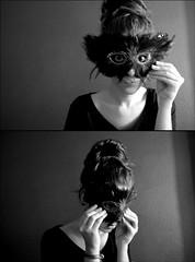 carnaval (Elena Atienza) Tags: portrait blackandwhite white selfportrait black blancoynegro blanco luz girl face gris chica y retrato duo negro cara bn dos disfraz contraste carnaval caras fotografia autorretrato disfraces doble antifaz