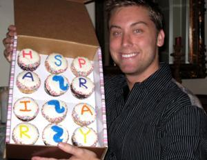 Photo c/o Cupcakery, Las Vegas: Lance Bass Cupcakes