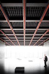 Nationalgalerie (96dpi) Tags: red man berlin rot architecture person interior architektur mann kulturforum nationalgalerie neuenationalgalerie ludwigmiesvanderrohe