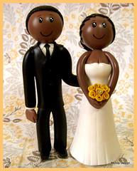 Lindos! (contato@mondy.com.br) Tags: wedding art topo lembrana biscuit bolo casamento artes noiva personalizado noivos noivinhos porcelanafria modelagem topodebolo coldporcelan