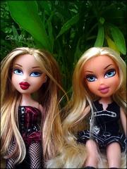 Valentina & Sabrina (Carol Parvati ) Tags: blonde grr valentina cloe twiins sbrina triiplets carolparvati tainacarolparvati
