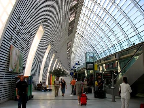 Gare d'Avignon TGV (c 2011 FK Benfield)