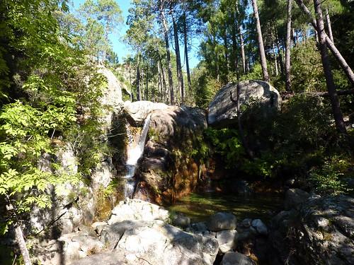 La cascade du ruisseau de Peralzone : on retrouve la trace à cet endroit en RD