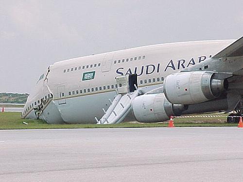 4194460618 8208ece529 o Foto Berbagai Macam Kecelakaan Pesawat