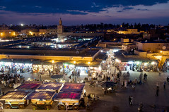 Maroc - Marrakech - Place Jama El Fna (Thierry B) Tags: africa skyline night geotagged ma twilight cityscape exterior photos nacht outdoor dusk dr citylife bynight morocco maroc marocco marrakech maghreb afrika bluehour crpuscule marruecos geotag extrieur nocturne marokko bluelight afrique  urbanisme  aaaaa geolocation   photographies afriquedunord  horizontales noctambule paysageurbain urban almaghrib life landscape  horizonurbain vieurbaine   tamazgha royaumedumaroc placejamaelfna photosnocturnes gotagg thierrybeauvir beauvir heurebleu wwwbeauvircom droitsrservs heu