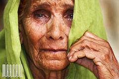Kvinna gråter