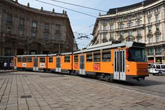 Elettromotrice 4946 in Piazza Cordusio (Andrea Zaratin) Tags: milano tram piazza 4900 atm tpl cordusio 4946