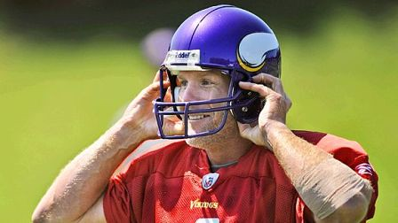 nfl_a_favre2_576 by you.