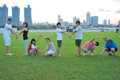 DSC_0419 (matzhuang) Tags: sun grass marinabarrage