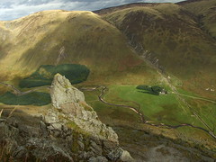 Rock pinnacle (stuant63) Tags: tower rock river scotland angus scree glenclova pinnacle meanders glendoll riversouthesk cairnbroadlands moulzie capelmounth doghillock thegourock capelburn moulzieburn ferrowie