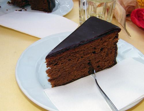 Sachertorte c/o Cake Gumshoe Megan