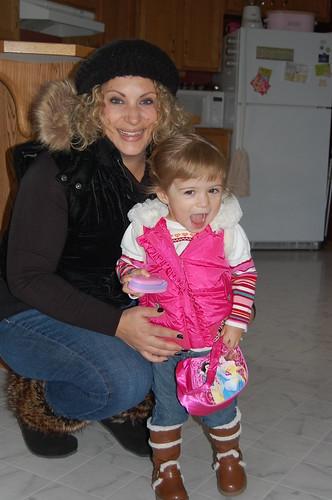 Sophia and Sara 009