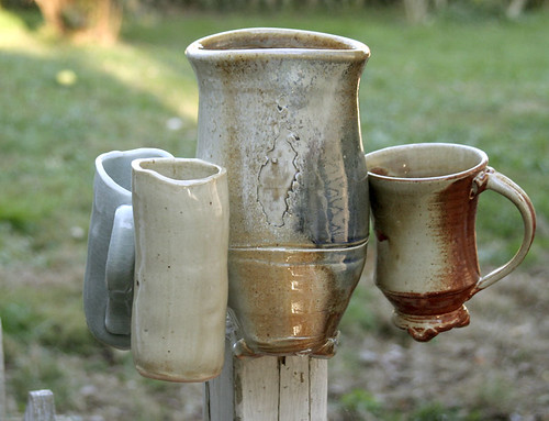 Kissing pots...