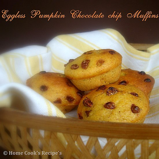 Eggless Pumpkin Chocolate Chip Muffins