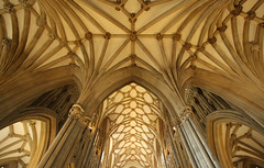 Well ribbed (Lawrence OP) Tags: cathedral gothic wells vaulting retrochoir