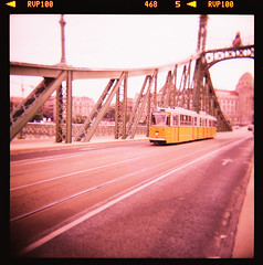 quarantasette. (P e T e r P a N) Tags: bridge 120 6x6 film lomo lomography budapest tram ponte analogue duna gellert magyarorszg lomografia danubio analogico libertybridge szabadsghd holgagcfn canoncanoscan8800f