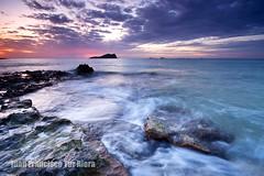 100.000 gracias/thanks!!! (Muchilu) Tags: sun water set clouds de xpro agua nikon 10 d sigma ibiza 20 eivissa 90 seda cala visitas compte 100000 cursillo cokin d90 visites platjes muchilu