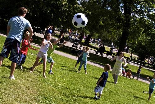 Barn i fotball-lek