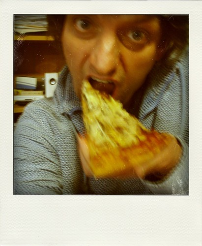 03/09/2009 (Day 3.246) - Stuffing My Face With Pizza