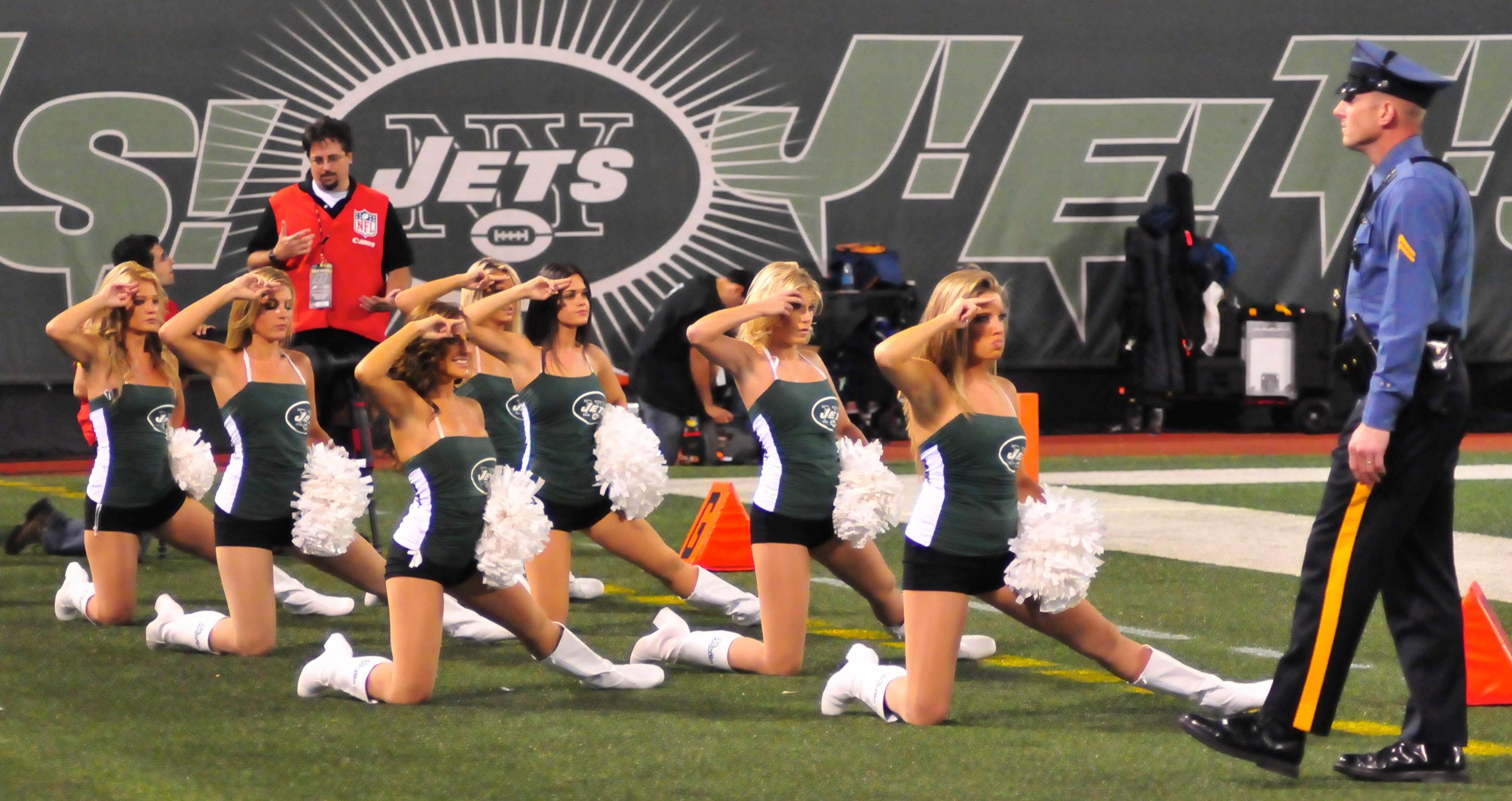 Football Jets V Eagles Sep 2009 37