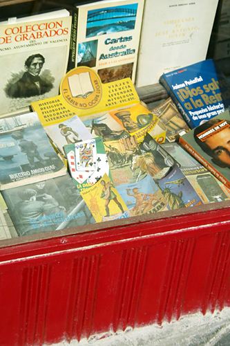 second-hand-books-russafa