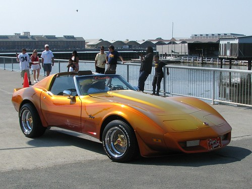 1975 Chevrolet Corvette T-Top Coupe (Custom) 1