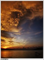 UMS ODEC beach sunset (sam4605) Tags: sunset sea sun beach landscape scenery university empty laut olympus malaysia borneo kotakinabalu e1 sabah emptiness kota kinabalu pantai pemandangan matahari universiti ums lanskap sabahborneo terbenam universitimalaysiasabah odec pantaiums sam4605 umsbeach umsodec
