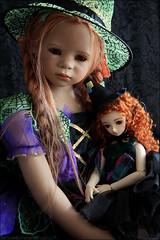 My little witches (MiriamBJDolls) Tags: doll vinyl mohair bjd superdollfie volks 2008 limitededition ivana happyhalloween msd kurenai sdc annettehimstedt littlewitches hometowndolpakyoto3 maliwi himstedtkinder
