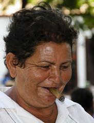 (Jody Art) Tags: portrait canon eos 350d cuba memories sguardo jody ricordi ritratto tempo 2009 vacanza sigaro rughe signora jodyart jodysticca