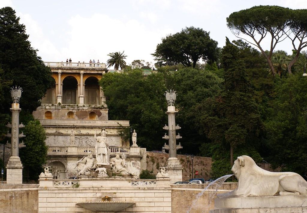 Rom, Piazza del Popolo, Fontana della Dea Roma, Pincio-Terrasse (Goddess Roma Fountain and Pincio terrace)